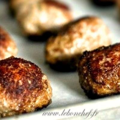 Boulettes de bœuf haché - Les boulettes de bœuf haché ont l'avantage de prendre peu de temps de préparation.