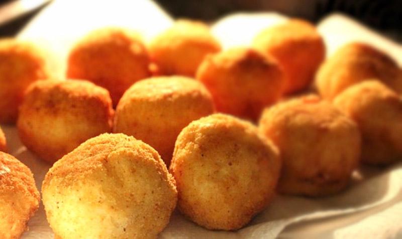 Boulettes de ricotta et au parmesan - Cette recette vous fera voyager en Italie en moins de 30 minutes!