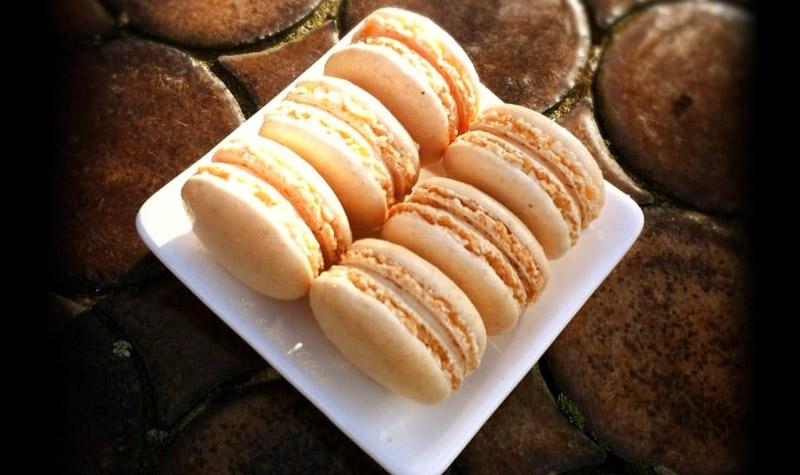 Macarons au chocolat blanc - Servis en fin de repas, au moment du café, les macarons, font toujours leur petit effet.