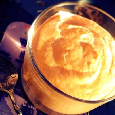 Mousse au caramel au beurre salé - L'onctuosité d'une mousse et le gout du caramel dans un seul dessert très gourmand.