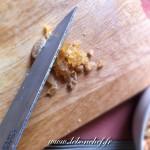 Carpaccio d'ananas et croquant de fruits secs - gingembre coupé en petits dés.