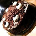 Forêt noire - Un gâteau sophistiqué, parfait pour tous les amateurs de chocolat et de chantilly.