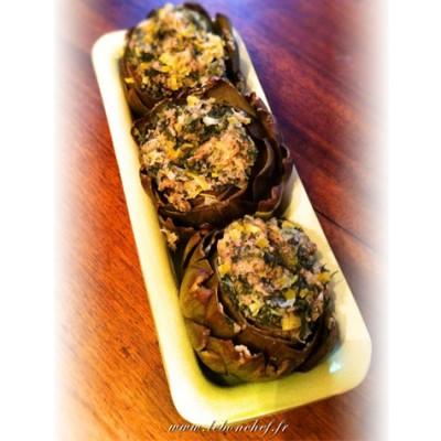 Artichauts farcis à l'italienne - Une recette typique de la cuisine du sud de l'Italie.