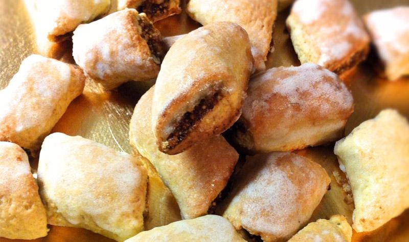 Biscuits aux figues séchées - Je vous propose de les préparer vous-même, afin d'épater vos amis lors d'un thé ou en dessert. A réserver aux grandes personnes !