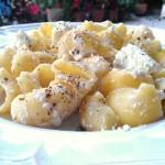 Pâtes à la ricotta de brebis - une recette classique de la gastronomie sicilienne.