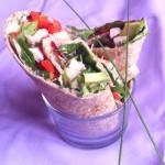 Wraps de dinde sauce curry - Wraps de dinde sauce curry - Cette recette, facile et rapide à réaliser, est parfaite qu'on a envie de manger léger.