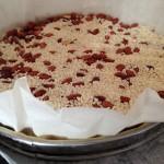 Tarte aux framboises - Recouvrir le fond de tarte d'un rond de papier sulfurisé.