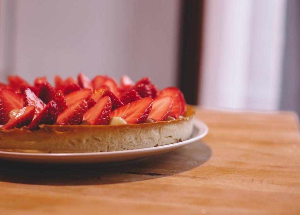 tarte aux fraises facile avec cr me p tissi re le bon chef. Black Bedroom Furniture Sets. Home Design Ideas