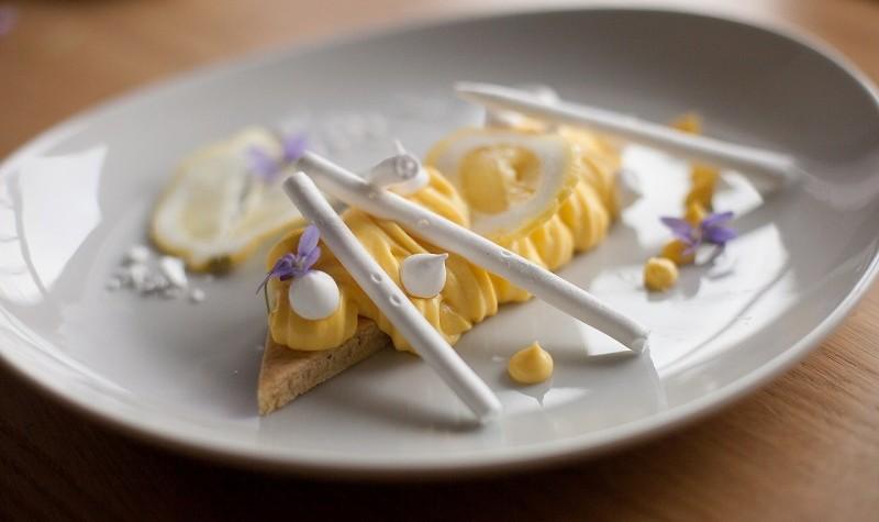 Tarte au citron meringuée revisitée - Une tarte au citron meringuée un peu différente mais dont le gout est préservé !