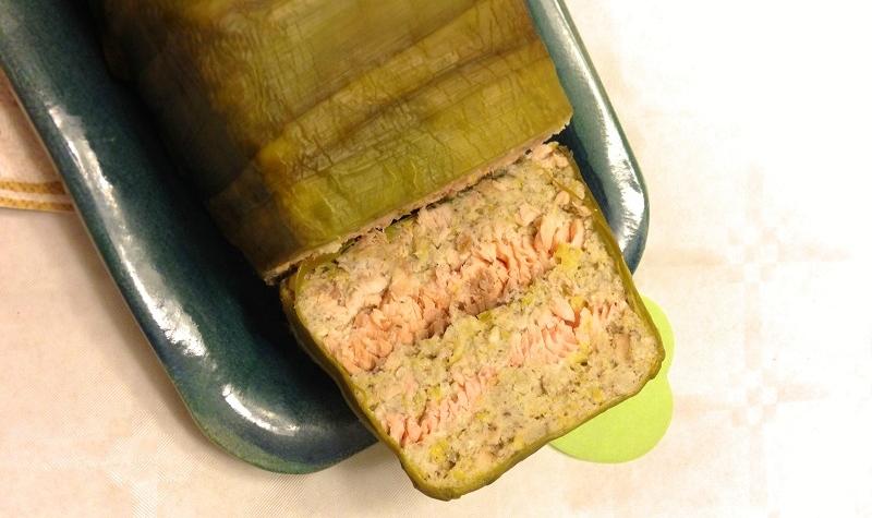 Terrine de saumon, noisettes et poireaux - Cette délicieuse terrine au saumon enchantera tous vos convives !