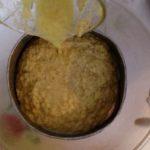 Jus de gingembre - Passer ensuite le tout au tamis préalablement placé au-dessus d'une grande bassine.